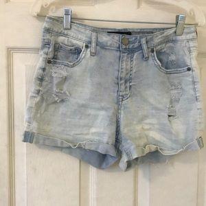 light acid washed jean shorts
